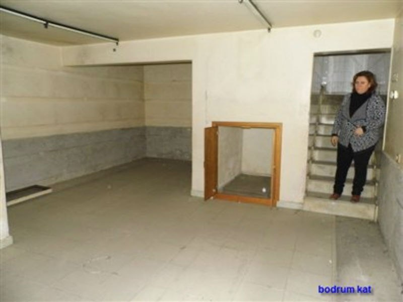 Aydın Çine Bankadan Satılık 298 m2 Müstakil Bina