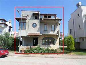 Antalya Kumluca Bankadan Satılık 207 m2 Villa