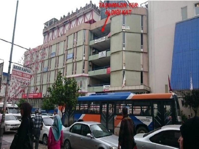 Mersin Akdeniz İlçesi'nde Dükkan