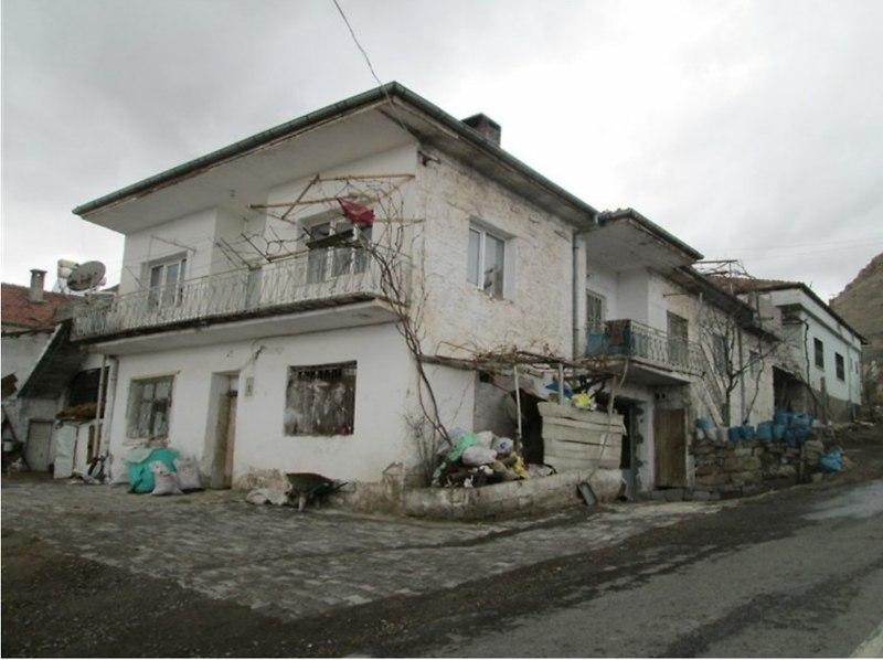 Nevşehir Ürgüp Bankadan Satılık 370 m2 Bina