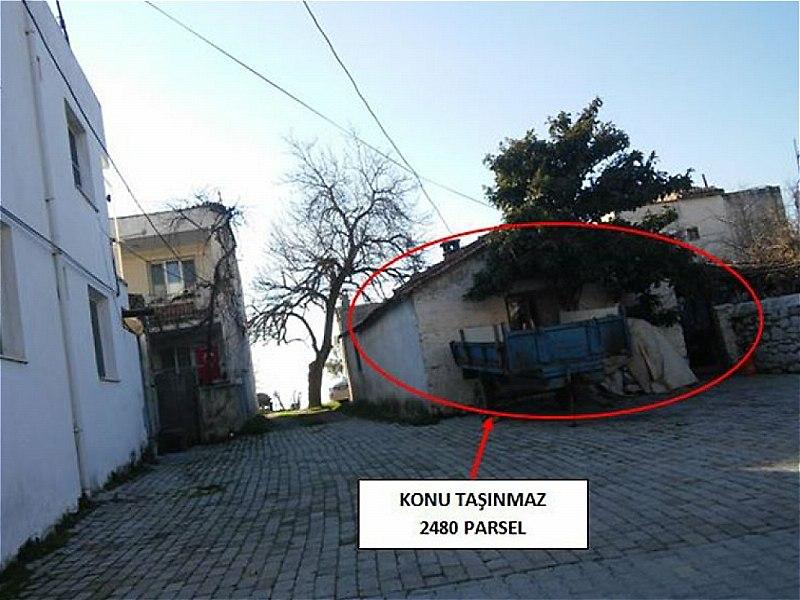 Aydın Kuşadası Bankadan Satılık 177 m2 Bina