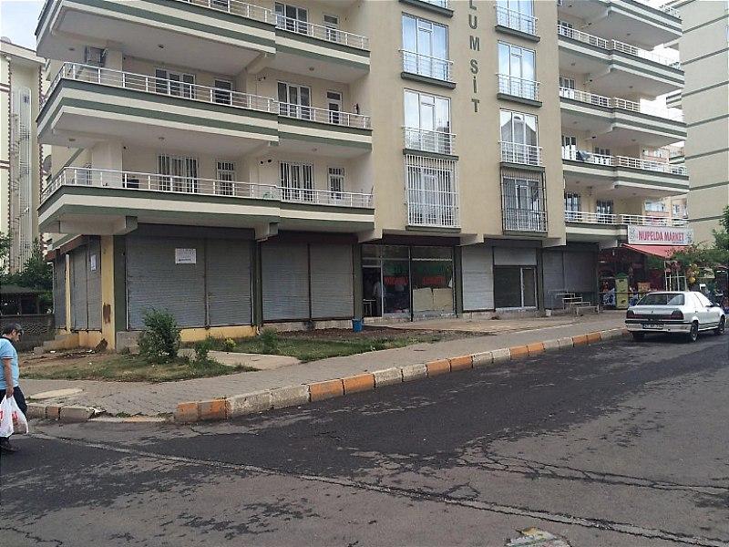 Diyarbakır Kayapınar Merkezde Depolu  Dükkan