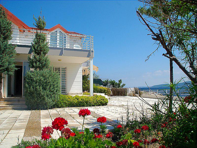 İzmir Urla Sahibinden Satılık 264 m2 Villa