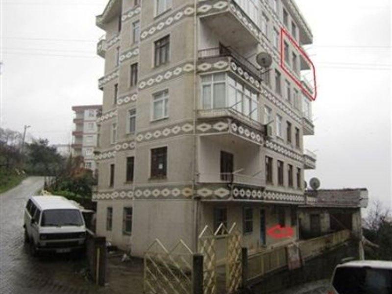 Rize Pazar Bankadan Satılık 80 m2 Daire