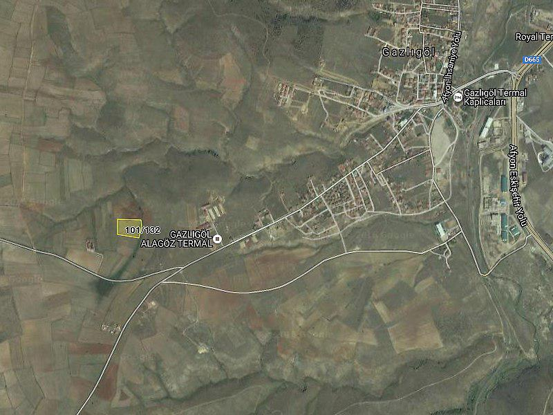 Afyonkarahisar İhsaniye'de 11400 m2 Tarla