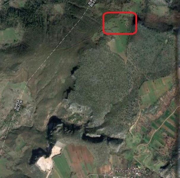 Bilecik Necmiye Köyü'nde 4.888 m²  Arsa