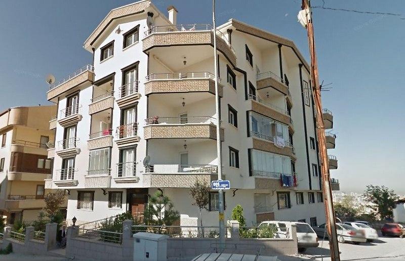 Ankara Mamak'ta 2+1 80 m2
