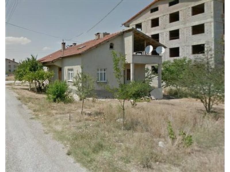 Konya Çumra'da Arsa ve Kargir Ev