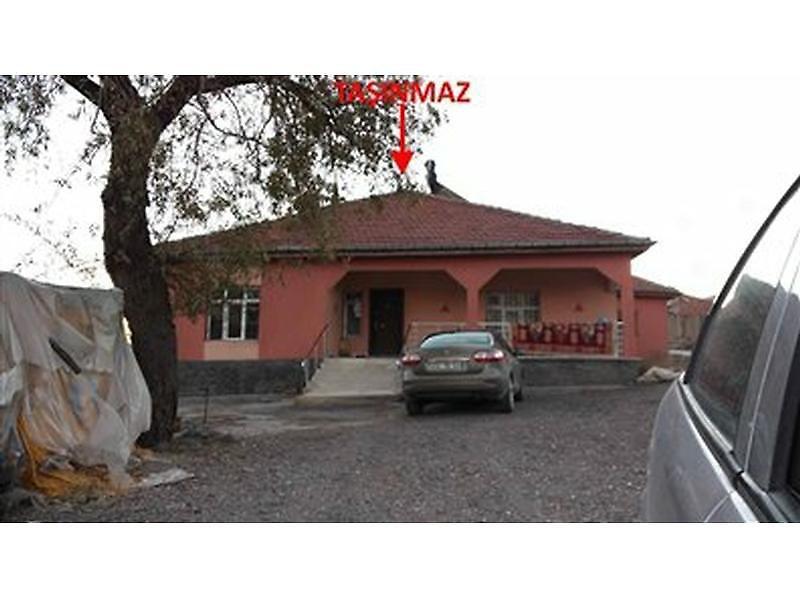 Konya Kulu'da Kerpiç Ev Ve Arsası 7+1