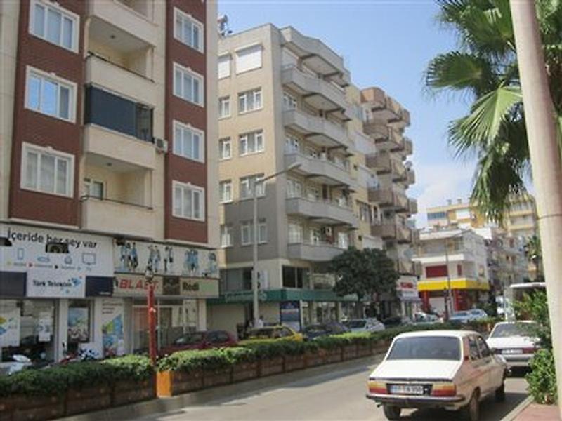 Antalya Kumluca Bağlık Mahallesi'nde 3+1 Daire 171 m2