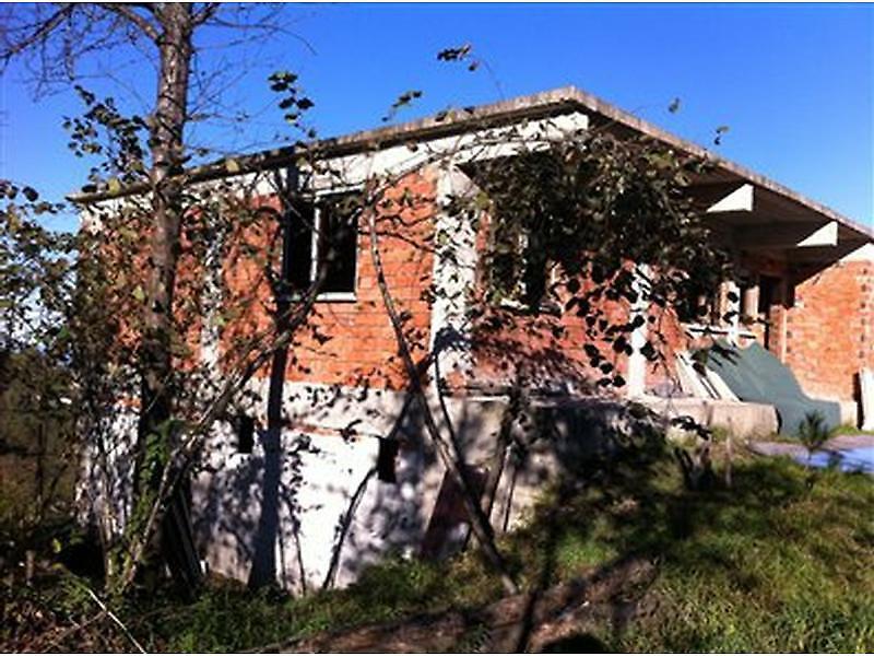 Trabzon Merkez Bankadan Satılık 340 m2 Villa