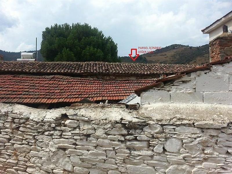 İzmir Bayındır Yakapınar Köyü'nde 240 m2 Müstakil Ev