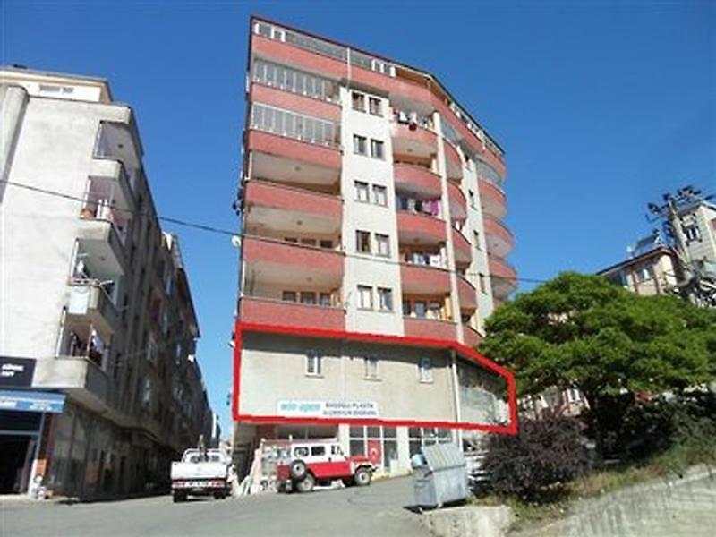 Trabzon Çarşıbaşı'nda 123 m2 Dükkan