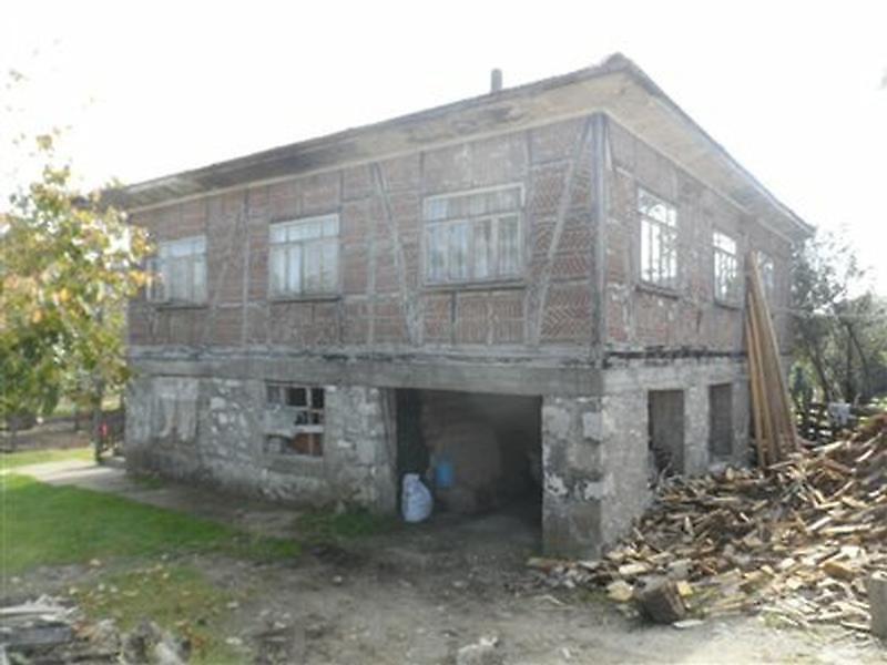 Sakarya Kocaali Bankadan Satılık 300 m2 Bina