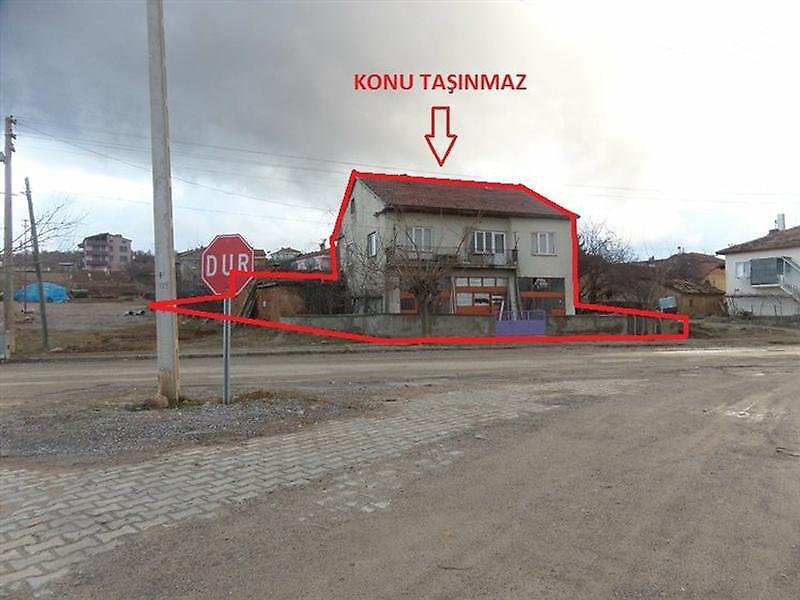 Konya Doğanhisar Bankadan Satılık 295 m2 Bina