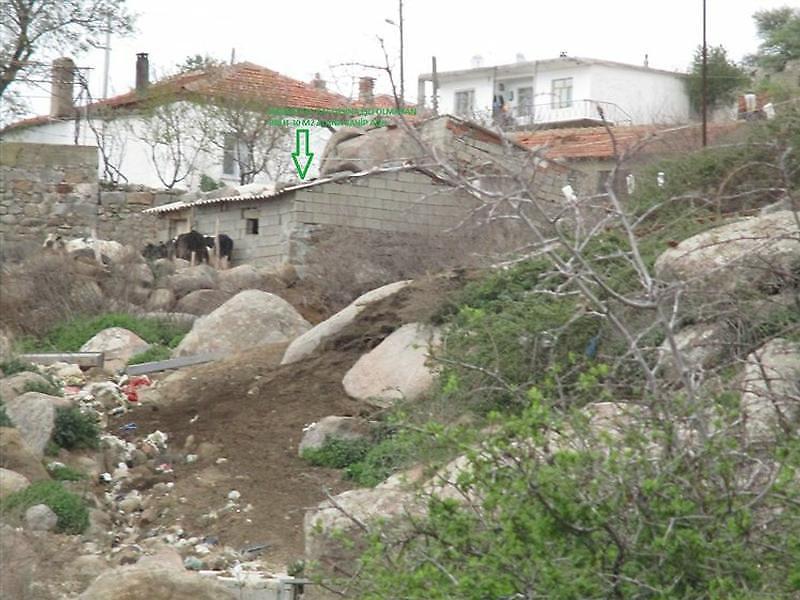 Çanakkale Ezine Kayacık'da 115 m2 Hisseli Ağıl