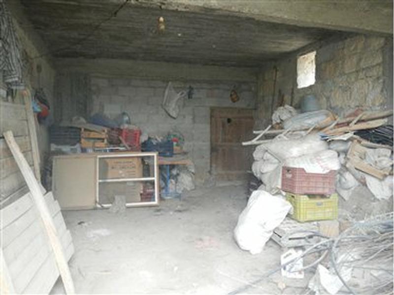 Mersin Mut Bankadan Satılık 146 m2 Depo