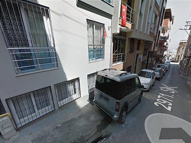 İzmir Karabağlar Bankadan Satılık 92 m2 Daire