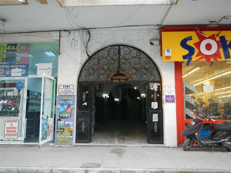 Mersin Akdeniz'de 82 m2 Ofis