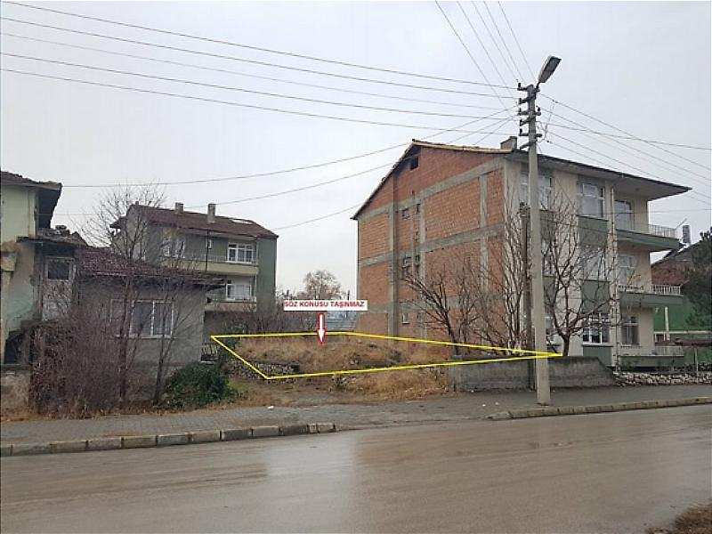 Tokat Turhal Celal Mahallesi'nde 190 m2 İmarlı Arsa