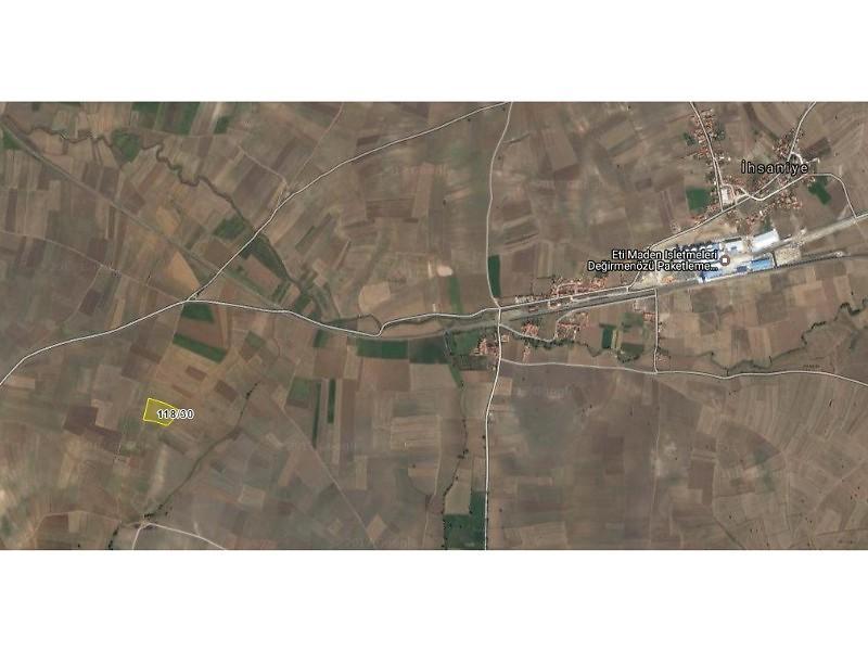 Kütahya Merkez Şirketten Satılık 11100 m2 Tarla