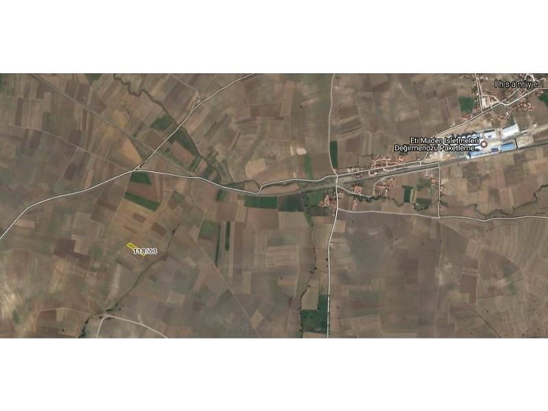 Kütahya Merkez Şirketten Satılık 2925 m2 Tarla