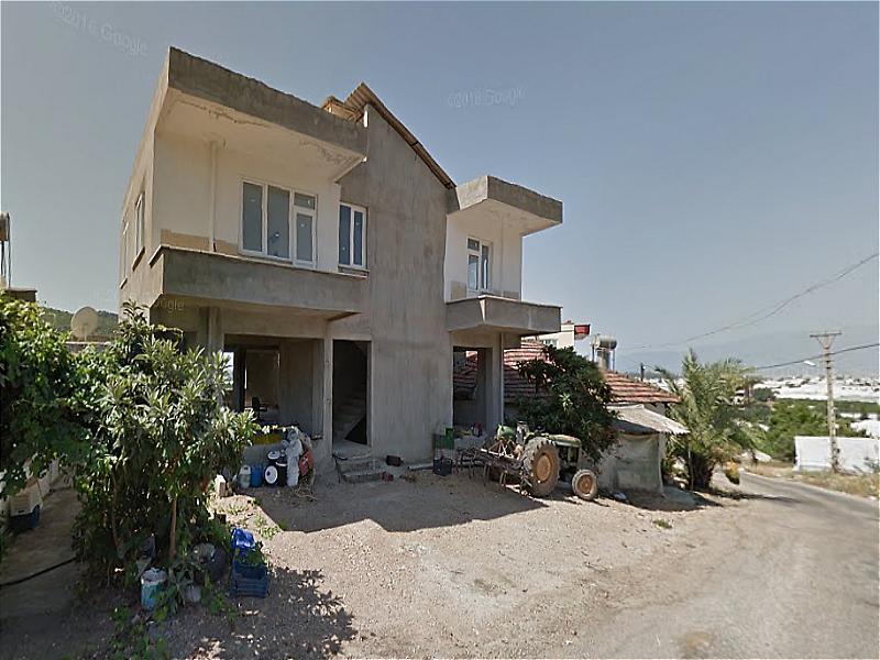 Antalya Kumluca Mavikent Mahallesi'nde Natamam 105 m2 Daire 3+1
