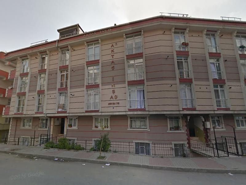 İstanbul Sultangazi'de 2. Bodrum Katta  4+1 Daire