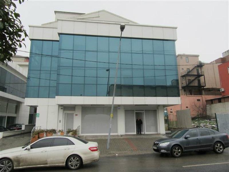 Ümraniye Şerifali Hatboyu'nda Kiracılı 1090 m2'lik Komple Bina