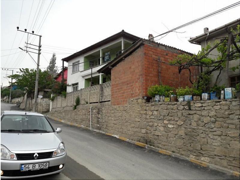 Sakarya Geyve Bankadan Satılık 250 m2 Bina