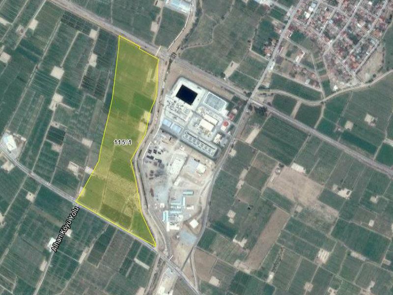 Manisa Alaşehir İlçesi'nde Alhan Köyü 2401m2'lik Hisseli Tarla