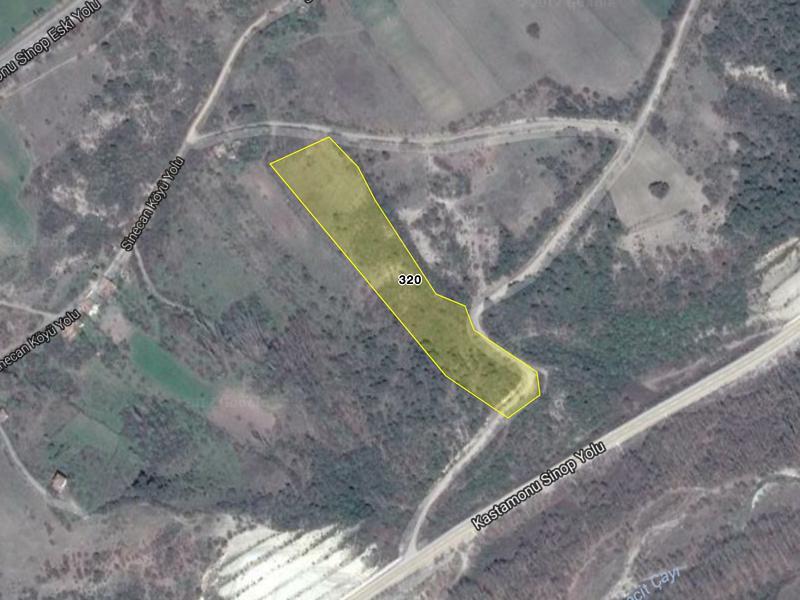 Sinop Sinecan Köyü'nde 15.100 m2 Tarla