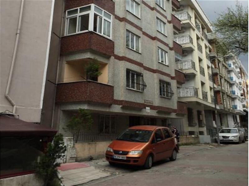 İstanbul Küçükçekmece Şirketten Satılık 33 m2 Depo