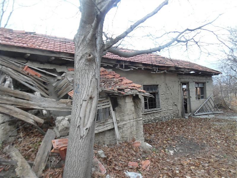 Isparta Uluborlu Şirketten Satılık 4942 m2 Bağ & Bahçe