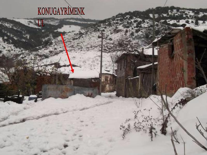Bursa Mudanya Mirzaoba'da 2 Katlı Ev ve Arsası