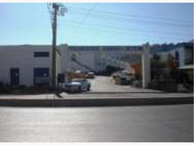Muğla Bodrum'da Sanayi Sitesinde Dükkan