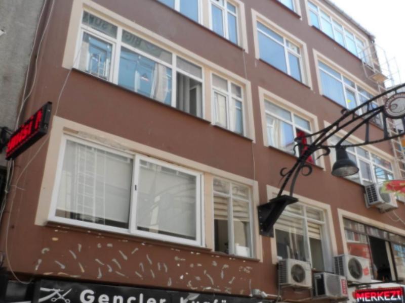 İstanbul Kartal'da 7 m2 Hisseli Ofis