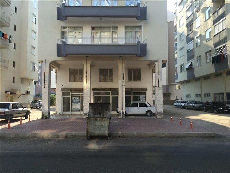 Antalya Kumluca'da 272 m2 Asma Katlı Dükkan