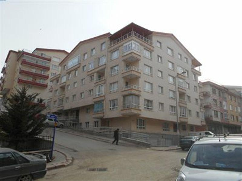 Ankara Mamak'ta 172 m2 Çatı Aralı Dubleks