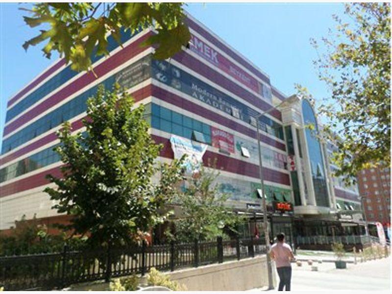 İstanbul Beylikdüzü Gürpınar'da Dükkan