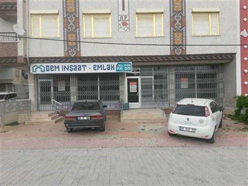Konya Selçuklu Bedir Mahallesi'nde 202 m2 Depolu Dükkan