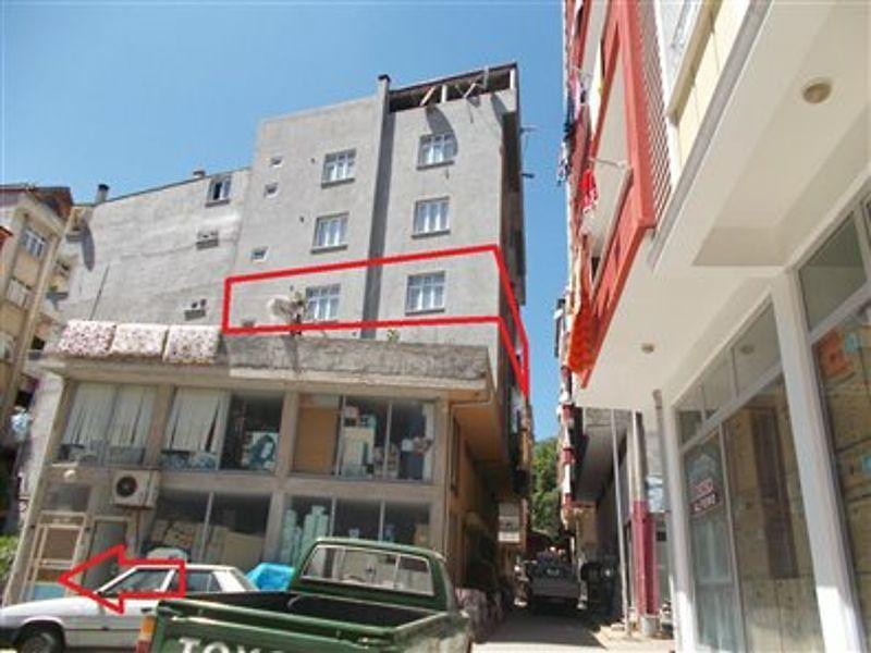 Ordu Aybastı Esenli Mahallesi'nde 5+1 Daire 169 m2