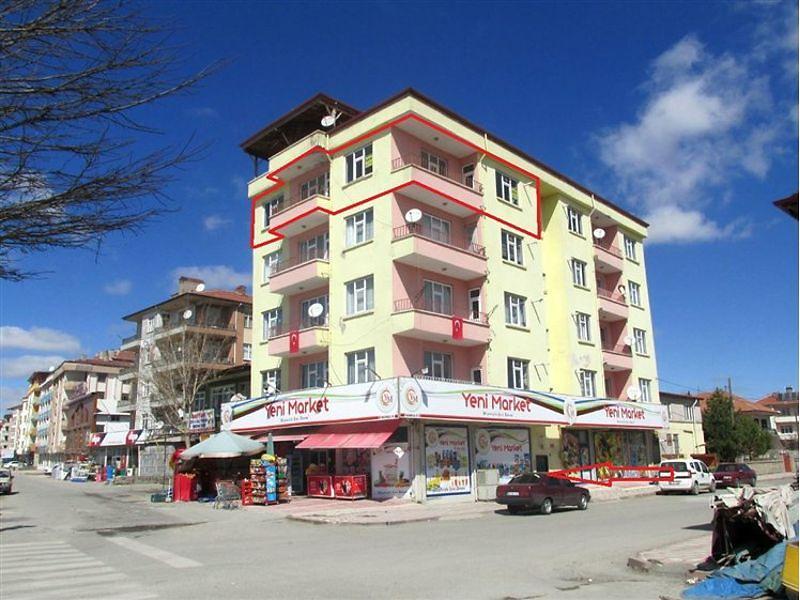 Yozgat Sorgun Bedirbaba Mahallesi'nde 3+1 Daire 136 m2