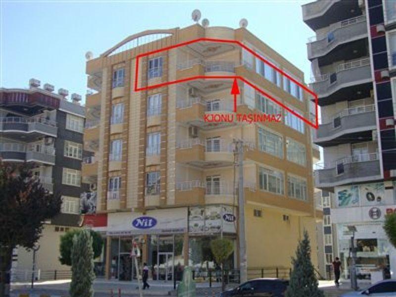 Şanlıurfa Karaköprü Ali Baba Mahallesi'nde 3+1 Daire 170 m2
