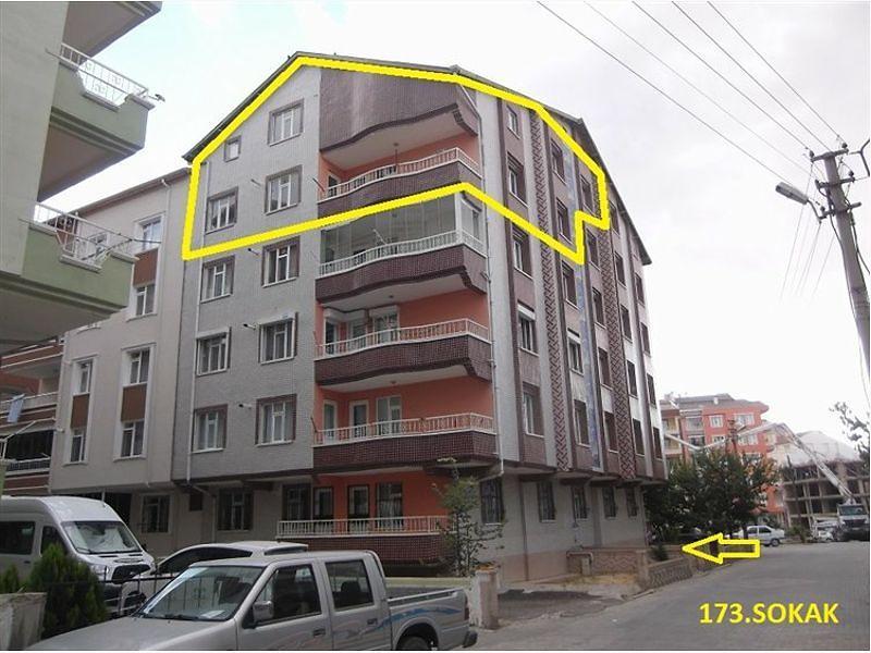 Kırşehir Merkez Yenice Mahallesi'nde 5+1 Daire 235 m2