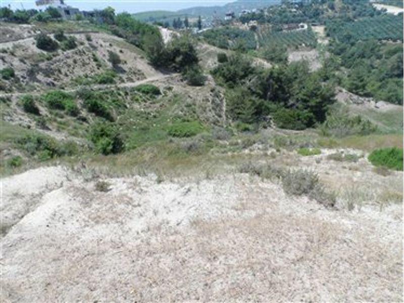 Mersin Akdeniz Bağcılar İhsaniye'de 4545 m2 Tarla