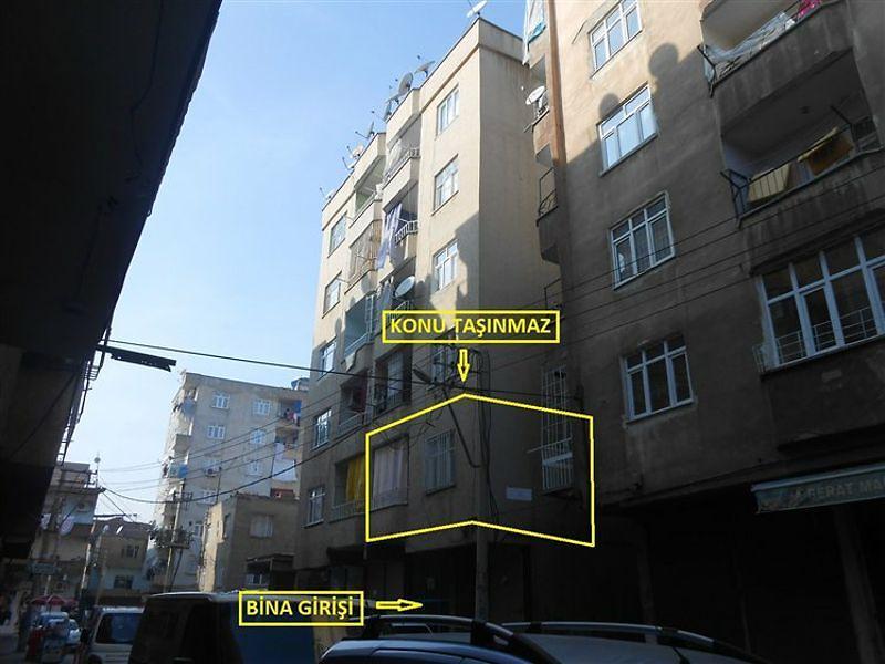 Diyarbakır Bağlar 5 Nisan Mahallesi'nde 2+1 Daire 100 m2