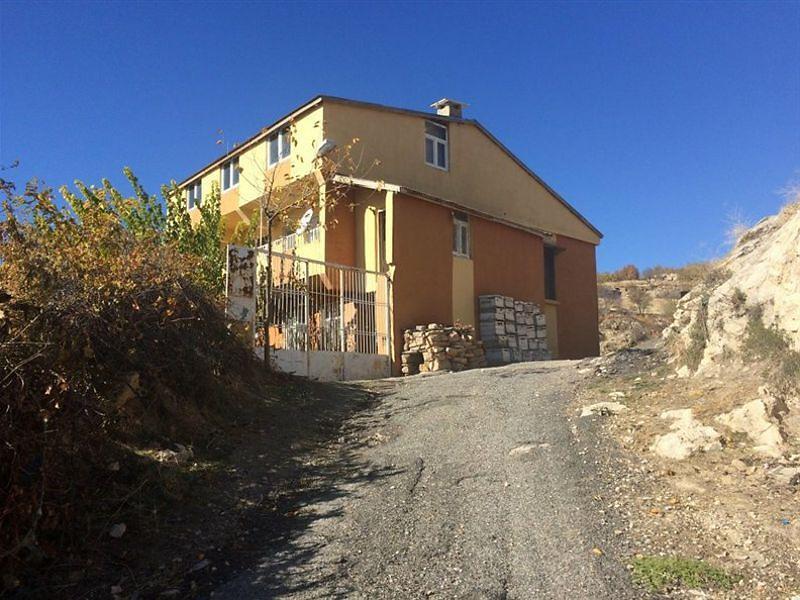 Diyarbakır Dicle'de 495 m2 Arsalı Kargir Ev