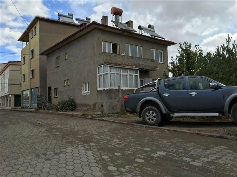 Sivas Kangal Bankadan Satılık 193 m2 Bina