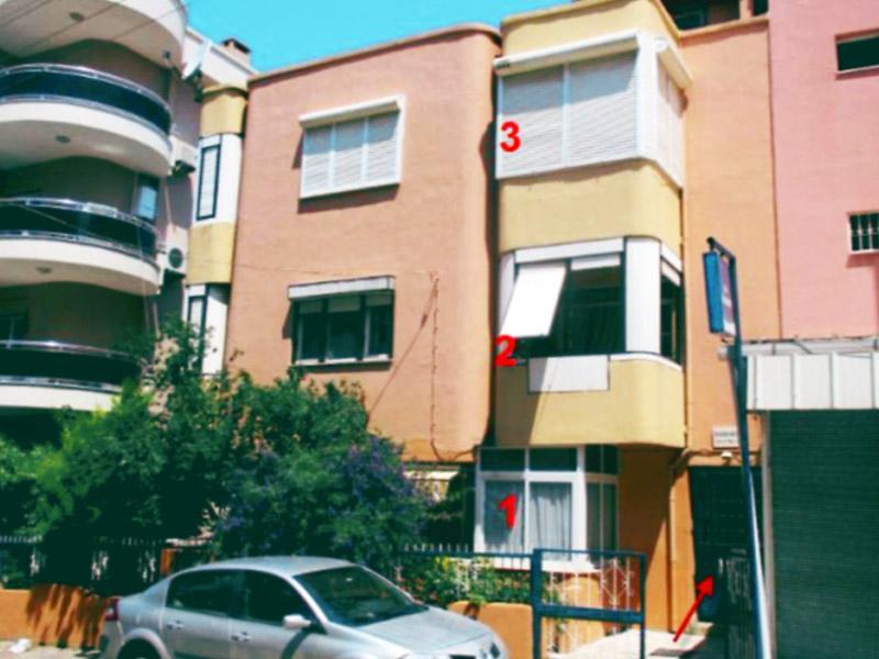 İzmir Narlıdere'de 365m2 Alanlı Komple Bina